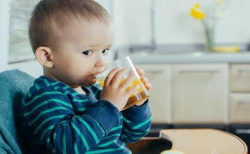 أحذري.. 3 مشروبات ممنوعة علىالأطفال
