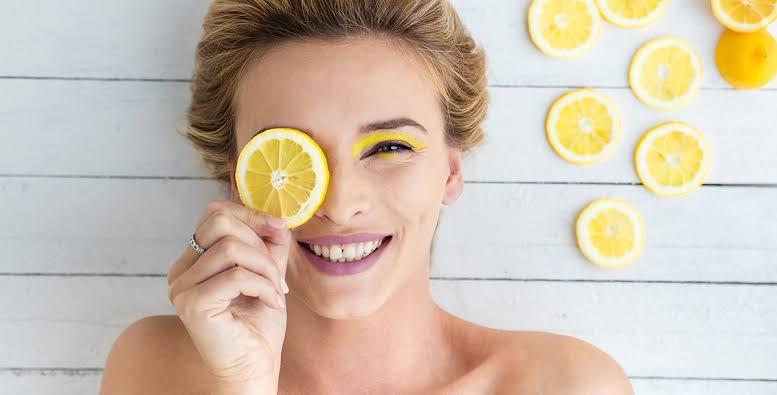 5 فوائد مذهلة يمنحها الليمون لجمالك..اكتشفيها!